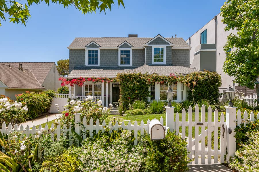 15234 Friends,Pacific Palisades,California 90272,4 Bedrooms Bedrooms,3.5 BathroomsBathrooms,Home,Friends,1104