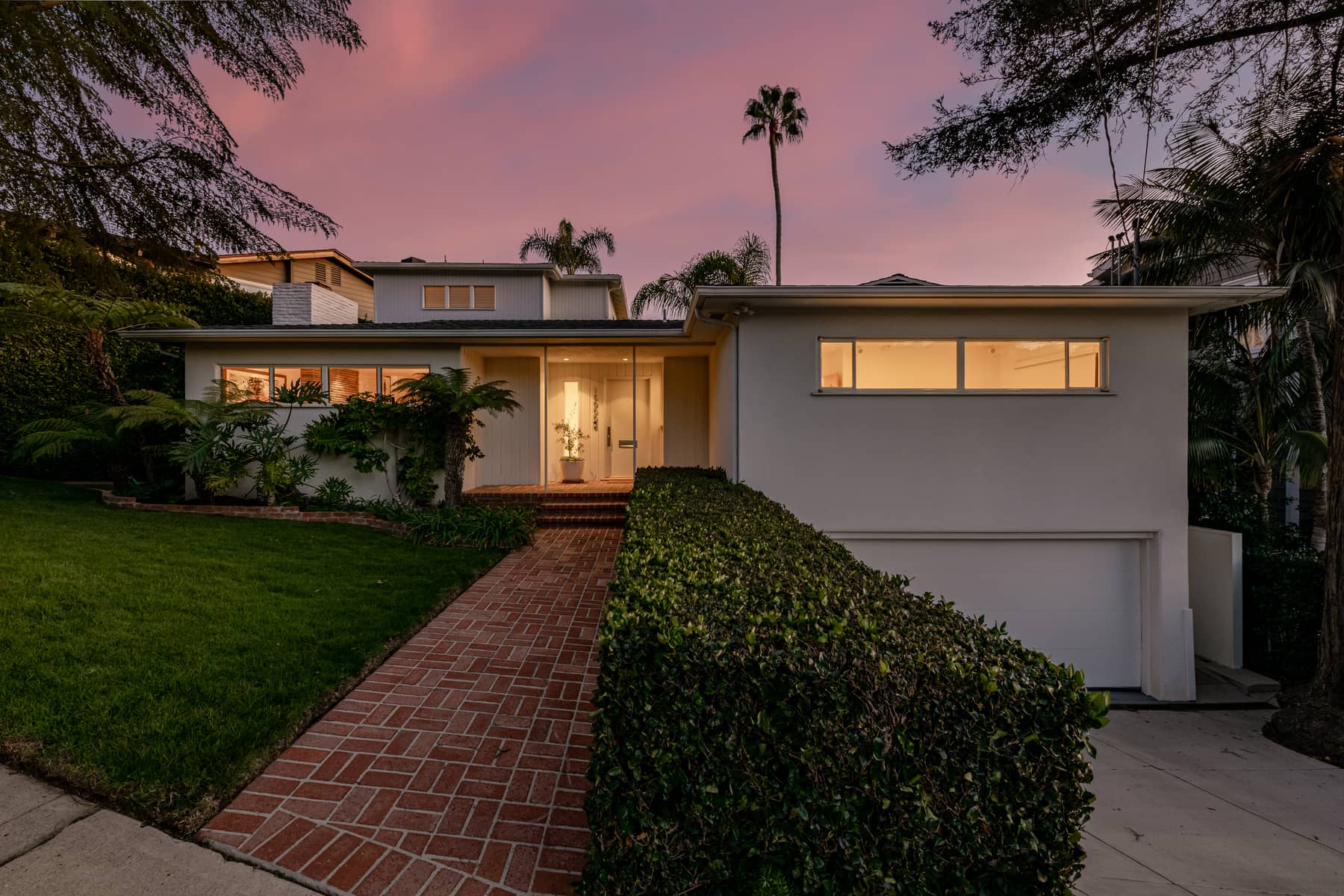 15000 Mc Kendree, Pacific Palisades, California 90272, 3 Bedrooms Bedrooms, ,2.5 BathroomsBathrooms,Home,For Sale,Mc Kendree,1123