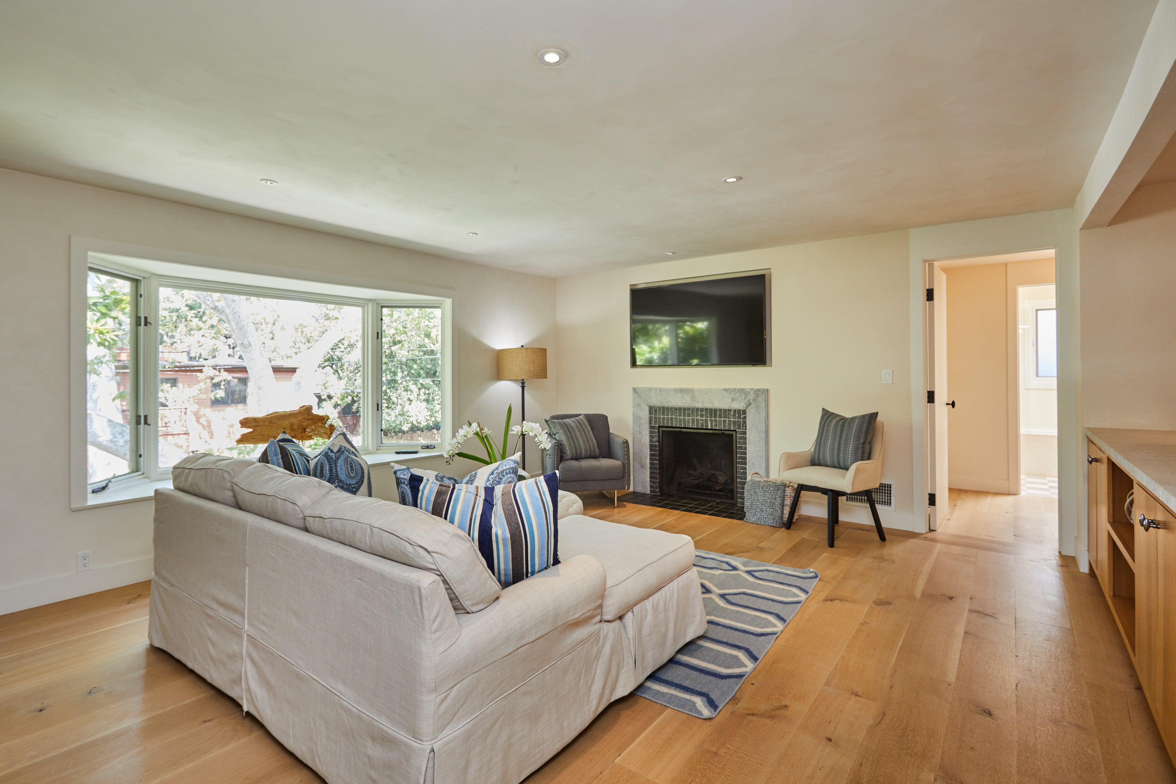 626 Bienveneda,Pacific Palisades,California 90272,3 Bedrooms Bedrooms,3 BathroomsBathrooms,Home,Bienveneda,1049