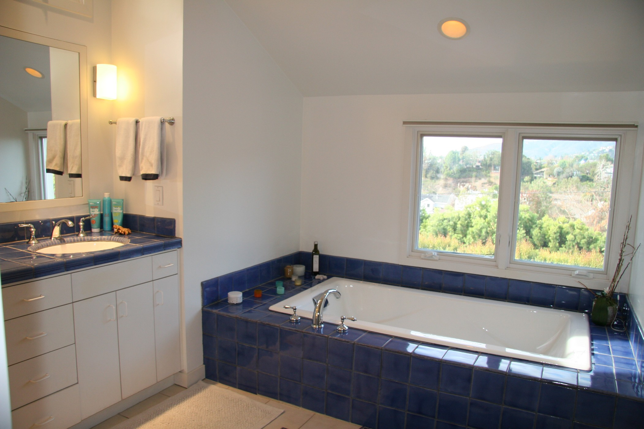 659 Via de la Paz,Pacific Palisades,California 90272,4 Bedrooms Bedrooms,4 BathroomsBathrooms,Home,Via de la Paz,1057