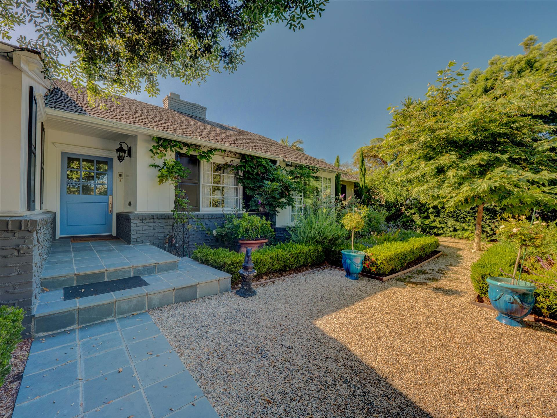 815 San Vicente,Santa Monica,California 90402,4 Bedrooms Bedrooms,3.5 BathroomsBathrooms,Home,San Vicente,1058