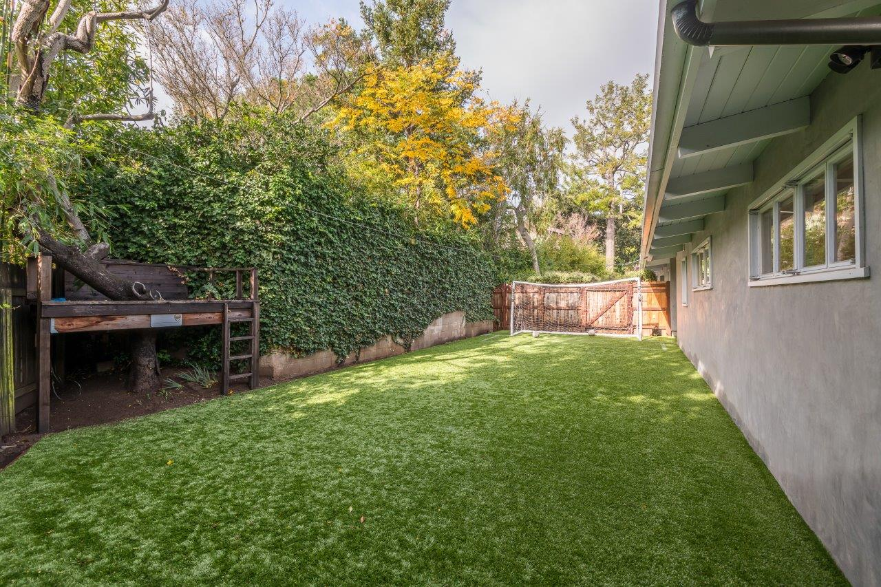14400 Villa Woods Place,Pacific Palisades,California 90272,5 Bedrooms Bedrooms,4.5 BathroomsBathrooms,Home,Villa Woods Place,1069
