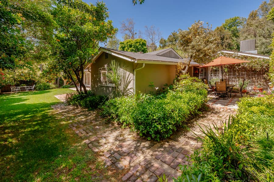 16339 Akron,Pacific Palisades,California 90272,3 Bedrooms Bedrooms,2 BathroomsBathrooms,Home,Akron,1081